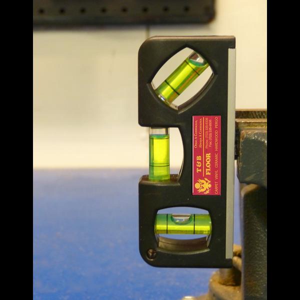 Mini Full Color Level w/ Magnet