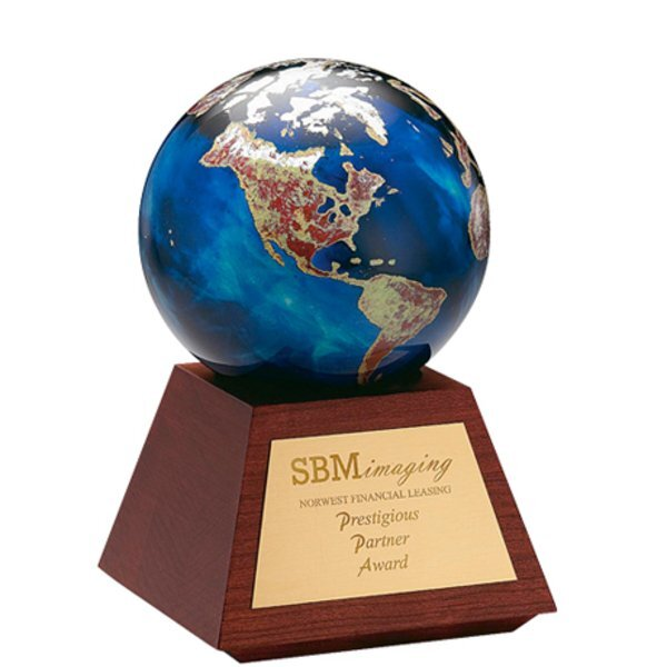 "Atlas Art Glass Award with Wood Base, 7-1/4"""